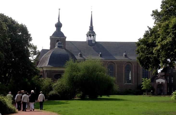 Abteikirche von Norden